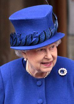 queen hats 1