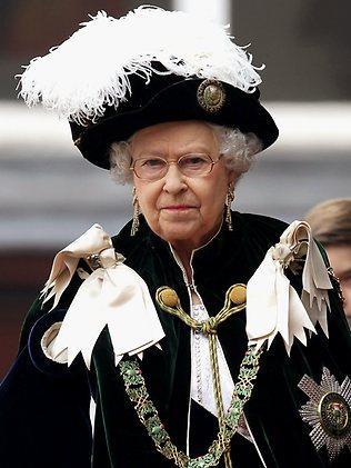 queen hats 7